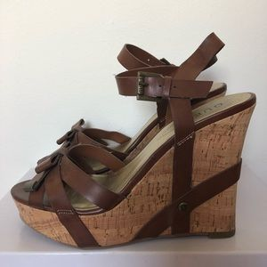 GUESS brown strapping wedges